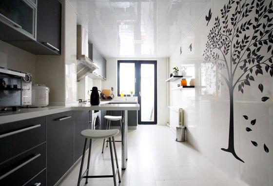 厨房黑白配,装出现代感