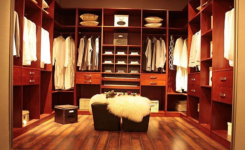 定制衣柜如何选购?五大诀窍帮你您对衣柜