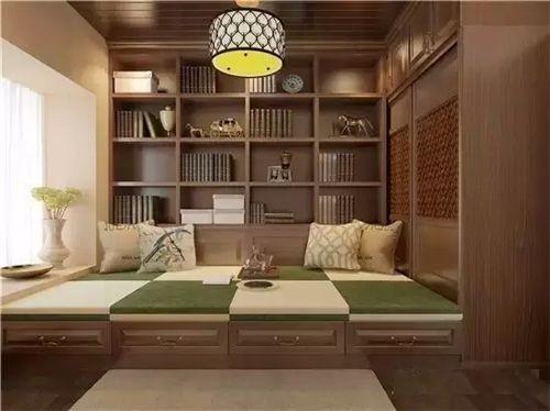 板材经销商的木工队定制 VS 全屋定制品牌