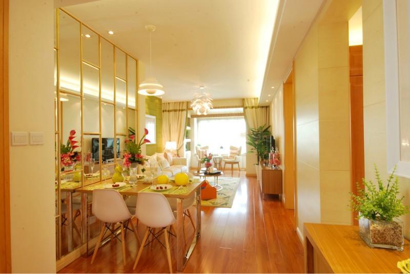 80平米简约风格三居室旧房改造装修效果图