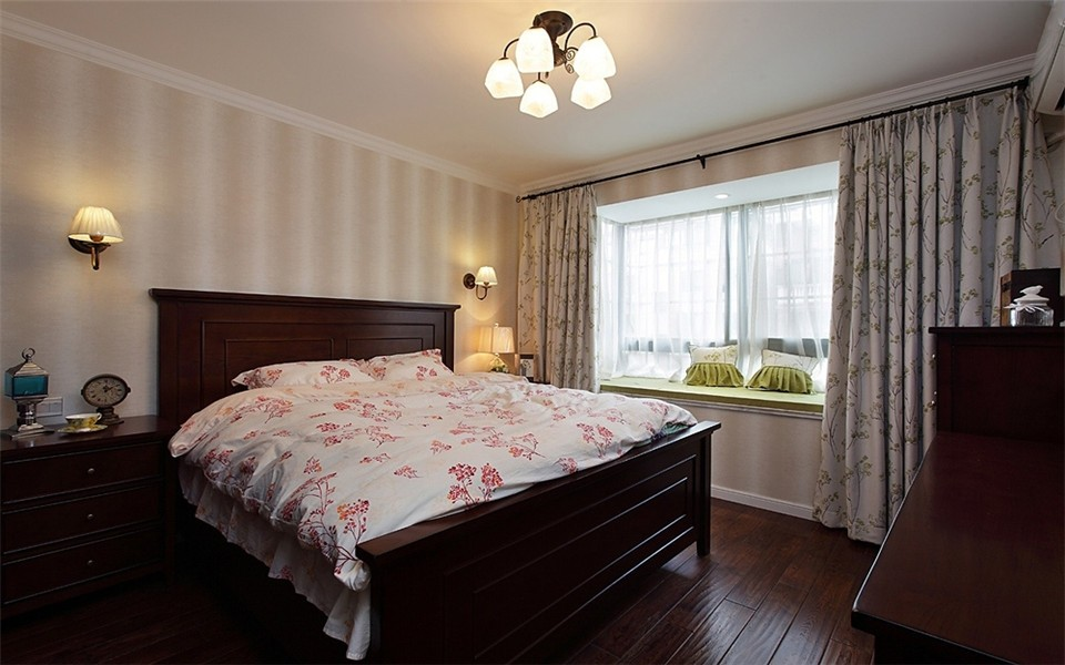 华地公馆126平美式风格3房卧室效果图