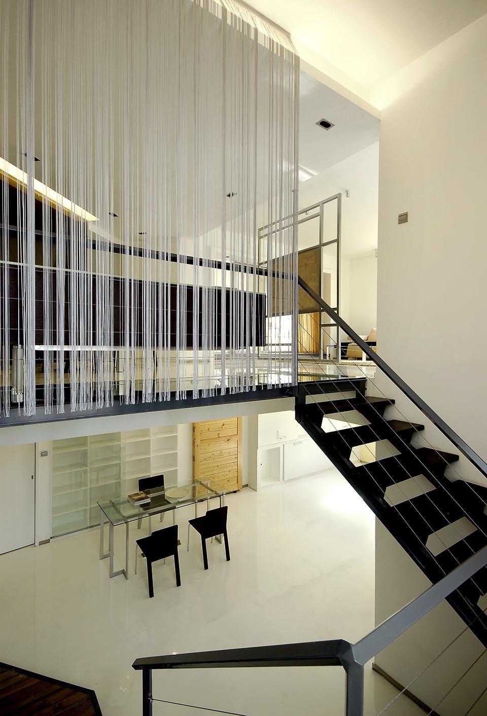 2021现代简约客厅装修设计 2021现代简约阁楼装修图