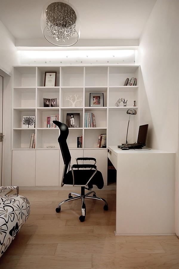 2019现代简约书房装修设计 2019现代简约书桌图片