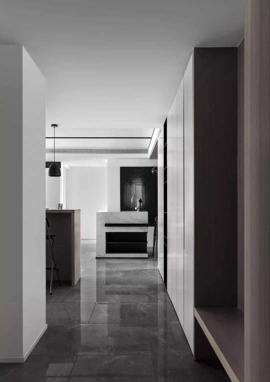 120平美式风格黑白灰三居室效果图
