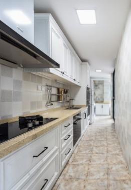2019美式厨房装修图 2019美式吧台装修设计图片