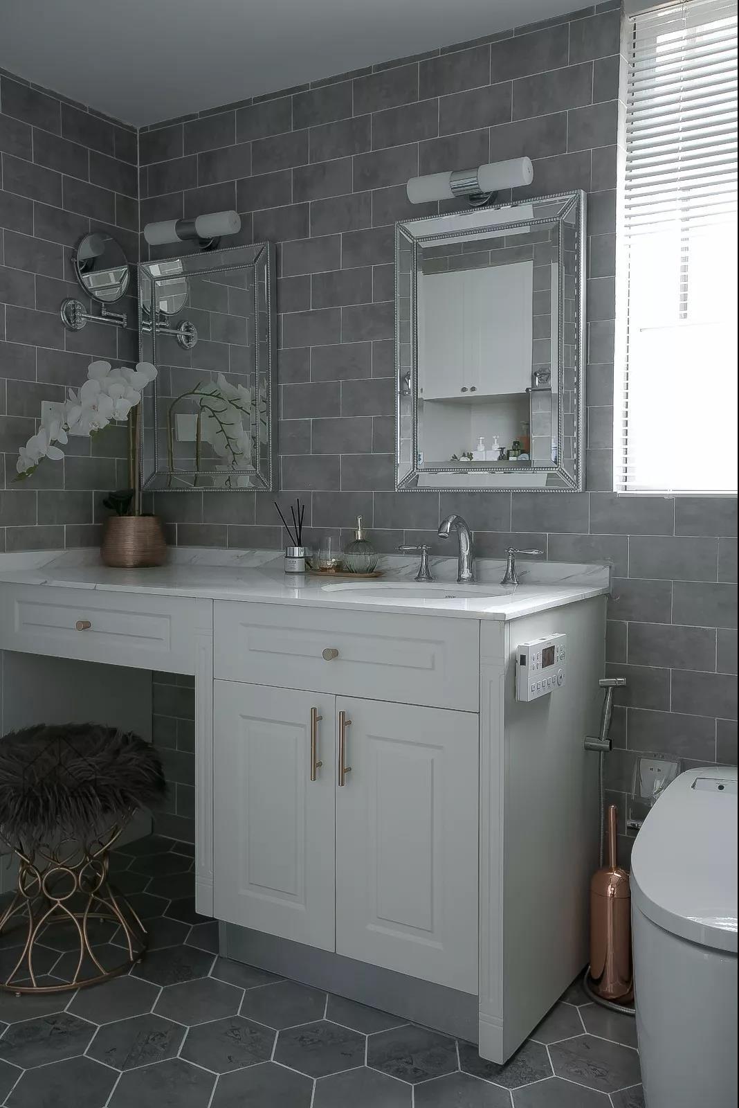 2020北歐衛生間裝修圖片 2020北歐浴室柜裝修圖片