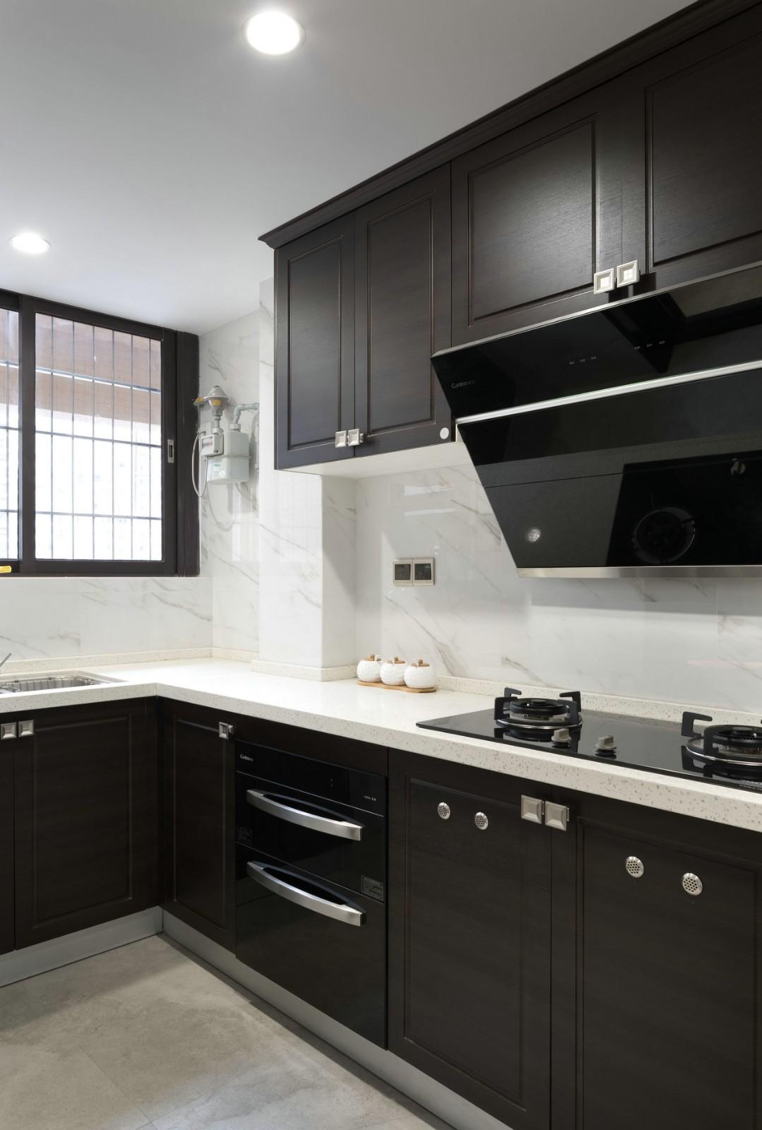 2020新中式厨房装修图 2020新中式灶台装修图片