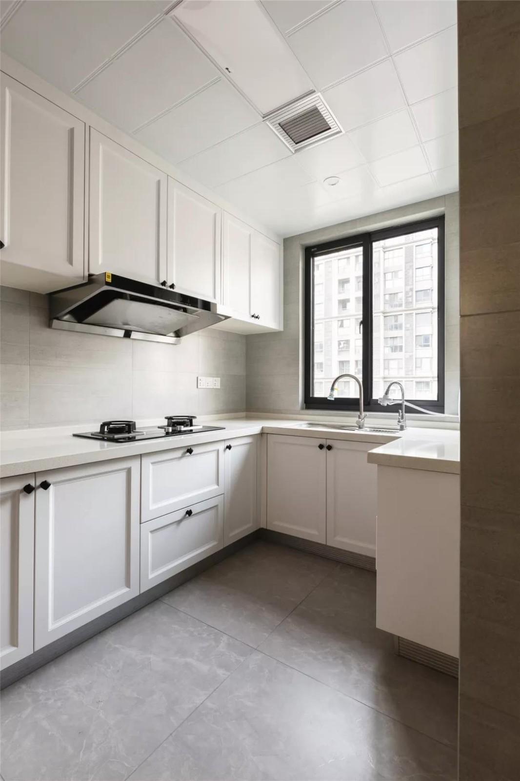 2020現代廚房裝修圖 2020現代廚房島臺裝飾設計