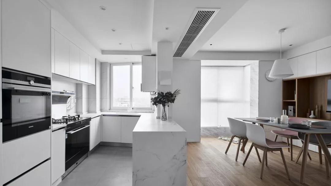 2020日式廚房裝修圖 2020日式廚房島臺裝飾設計