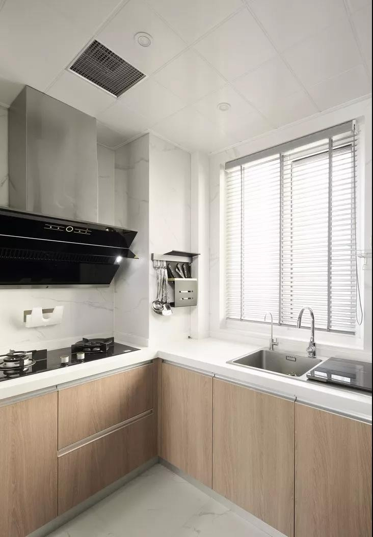 2020現代簡約廚房裝修圖 2020現代簡約廚房島臺裝飾設計