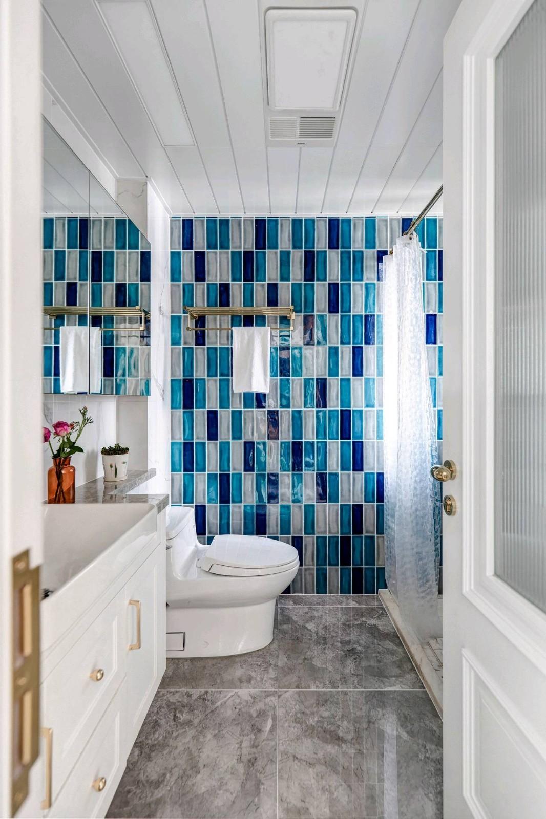 2020混搭卫生间装修图片 2020混搭浴室柜装修图片