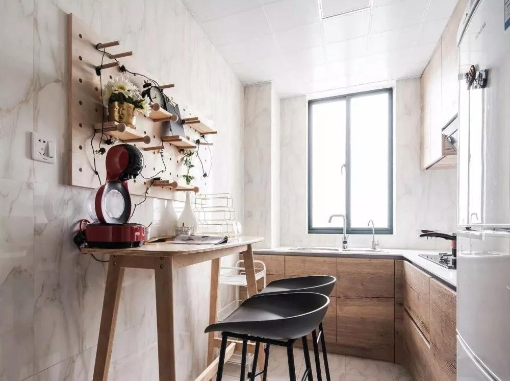 2020复古厨房装修图 2020复古橱柜装修效果图片