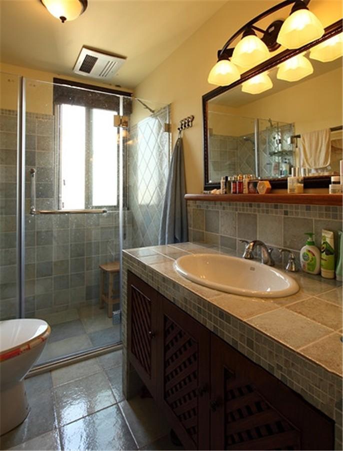 2020田园卫生间装修图片 2020田园浴室柜装修图片