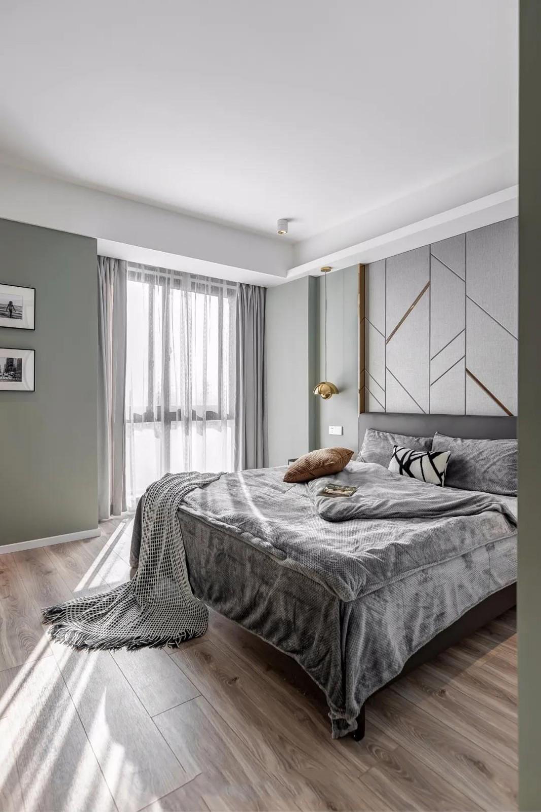 2020簡約臥室裝修設計圖片 2020簡約落地窗圖片
