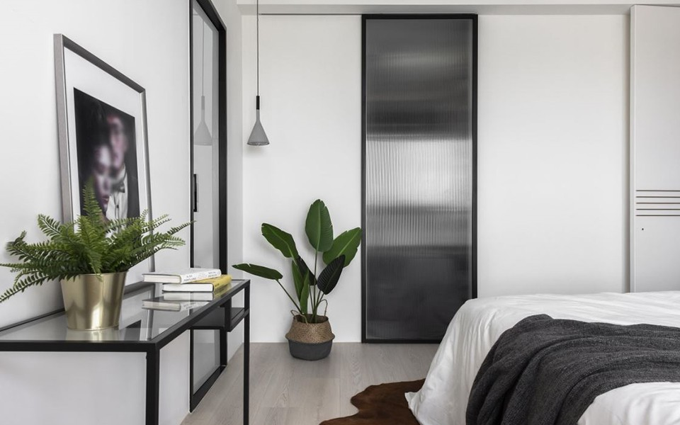 2020混搭臥室裝修設計圖片 2020混搭衣柜裝修效果圖片
