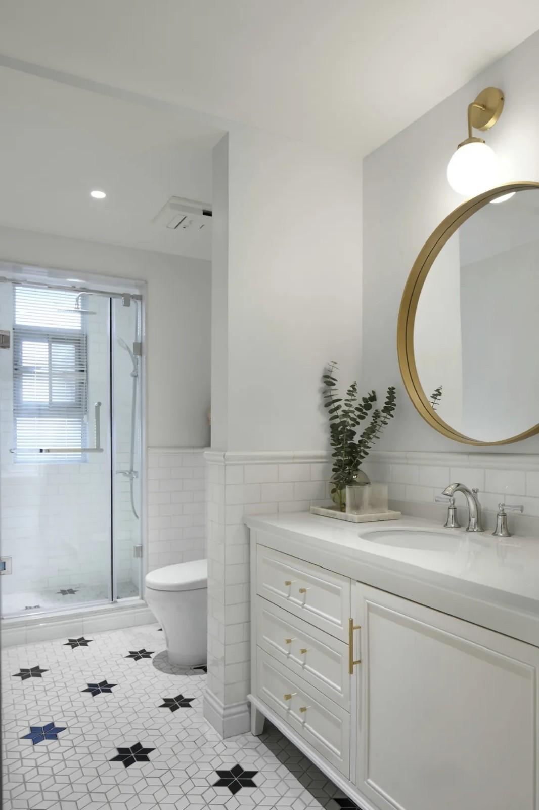 2020简欧卫生间装修图片 2020简欧浴室柜装修图片