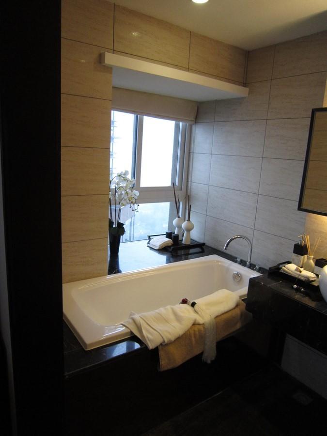 2021中式浴室设计图片 2021中式浴缸装修效果图大全