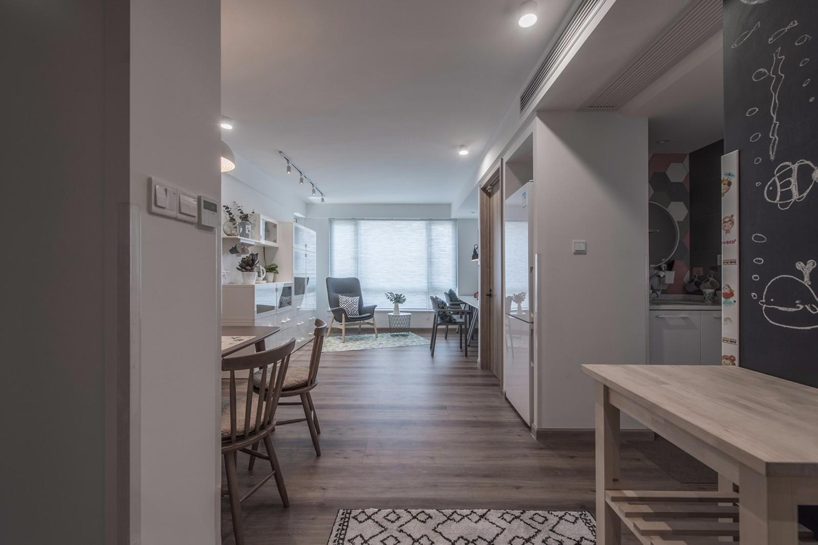 2020简约客厅装修设计 2020简约过道图片