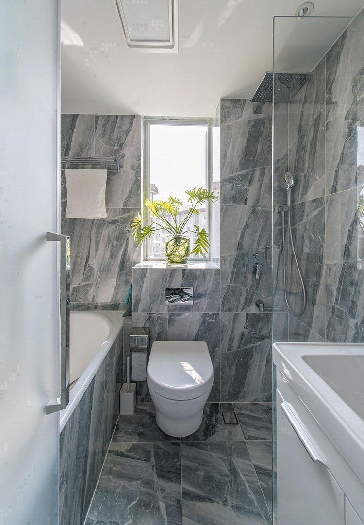 2020简约卫生间装修图片 2020简约浴室柜装修图片