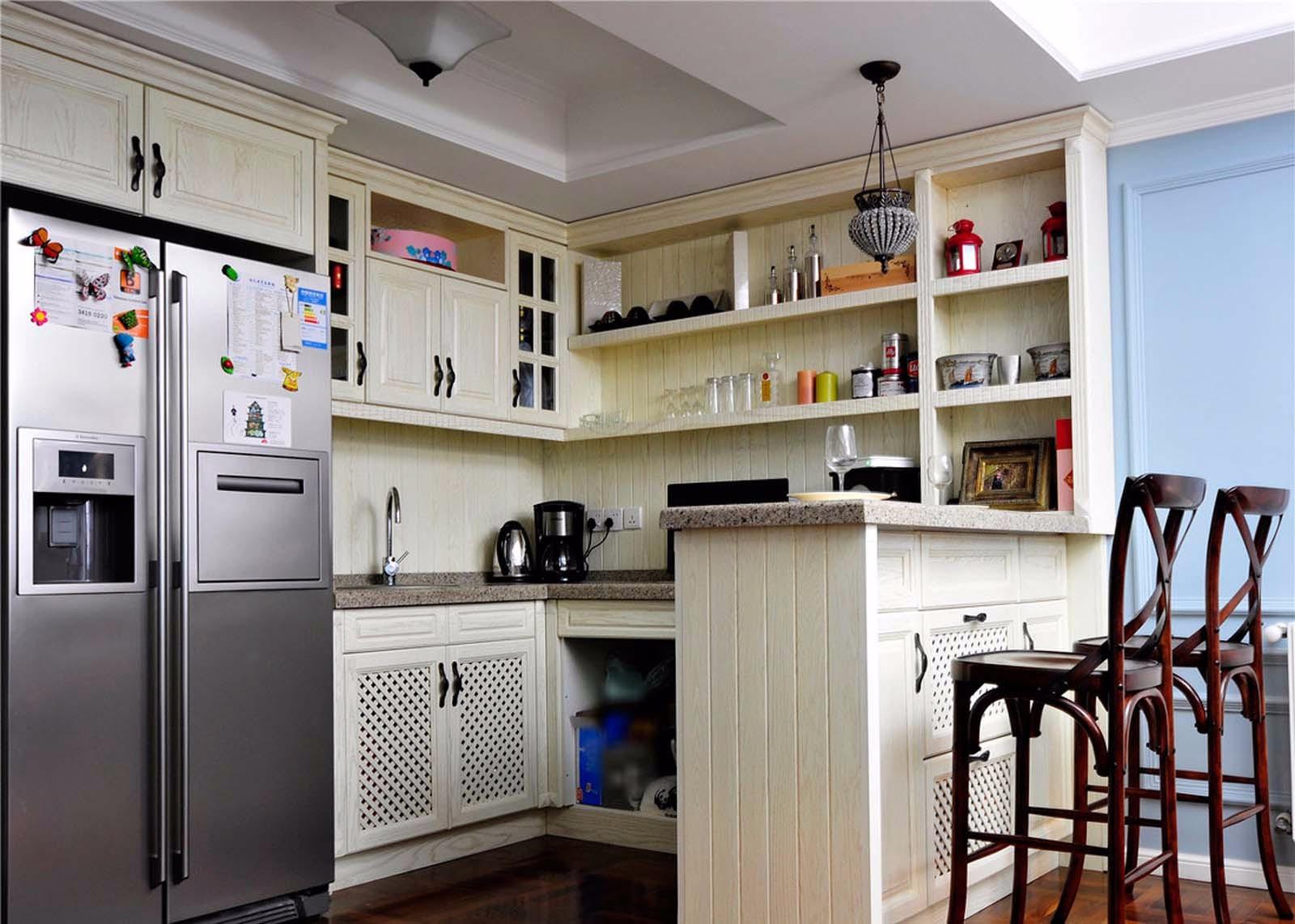 2020美式厨房装修图 2020美式吧台装修设计图片