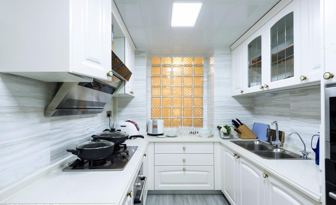 2020美式厨房装修图 2020美式橱柜装修效果图片