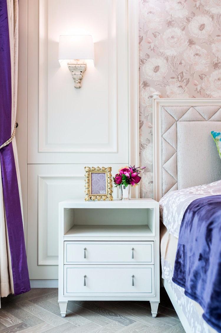 2020美式卧室装修设计图片 2020美式床头柜装修设计图片