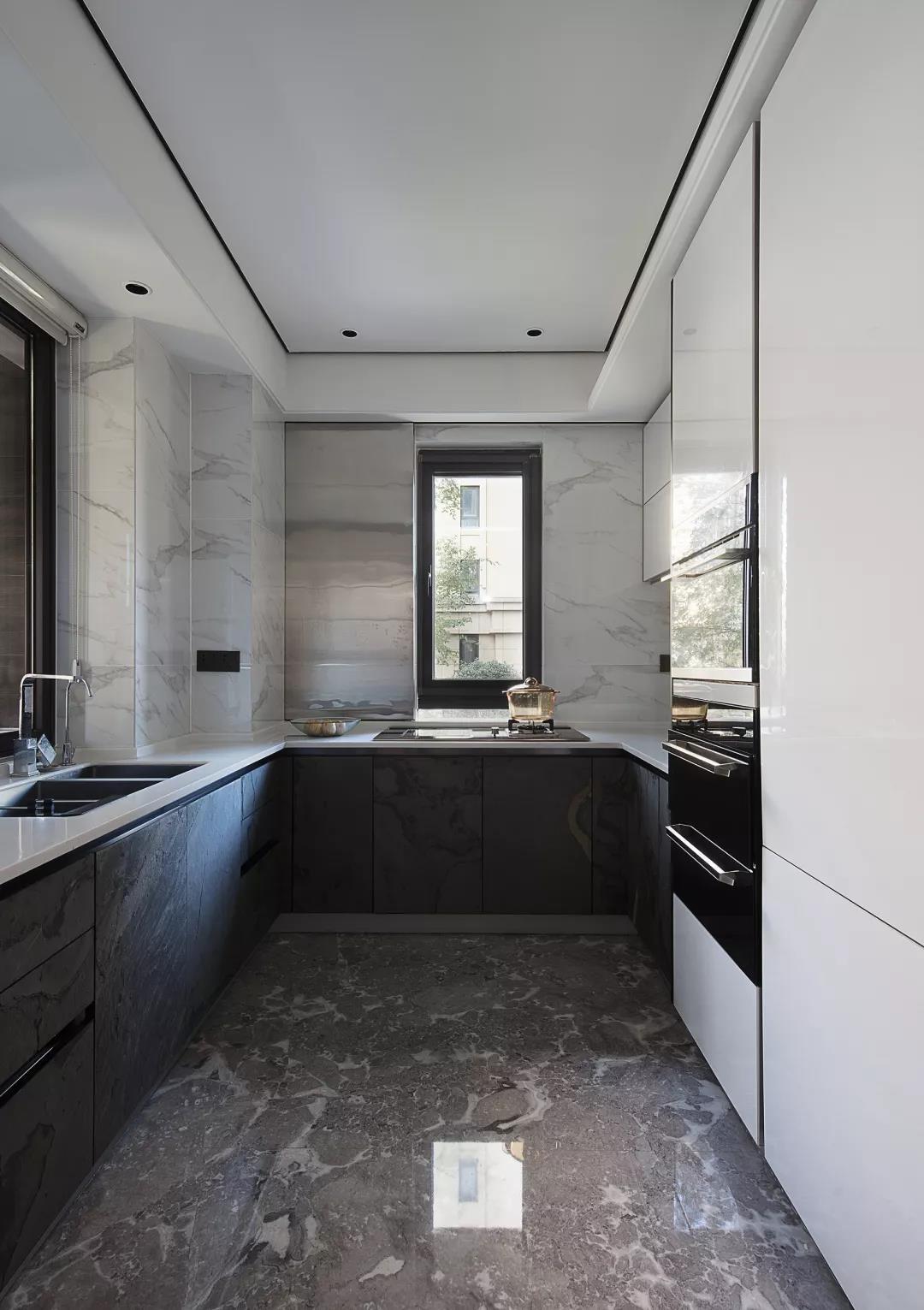 2021简单150平米效果图 2021简单三居室装修设计图片
