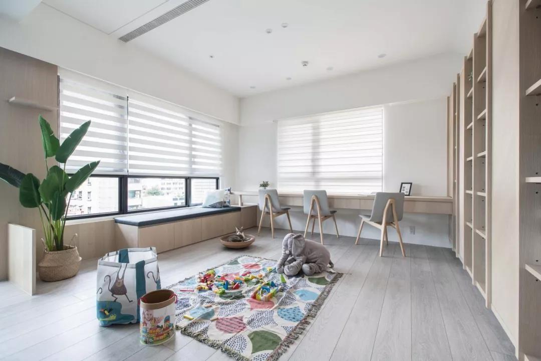 2021简约起居室装修设计 2021简约吊顶装修图片