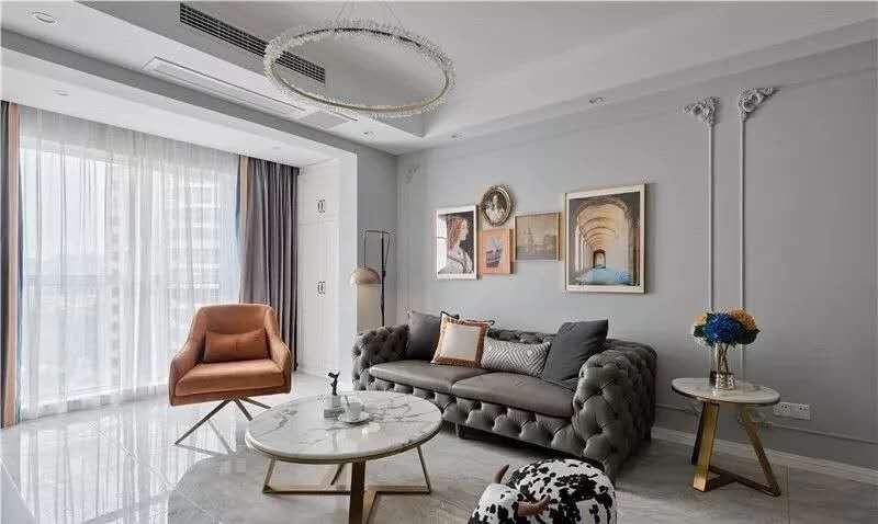 2021简单客厅装修设计 2021简单照片墙装修效果图大全