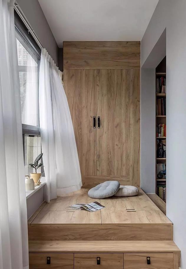 2021简约客厅装修设计 2021简约窗台图片