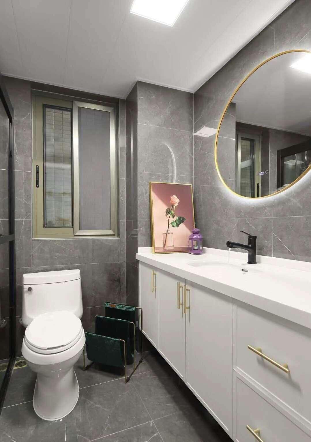 2021美式卫生间装修图片 2021美式浴室柜装修图