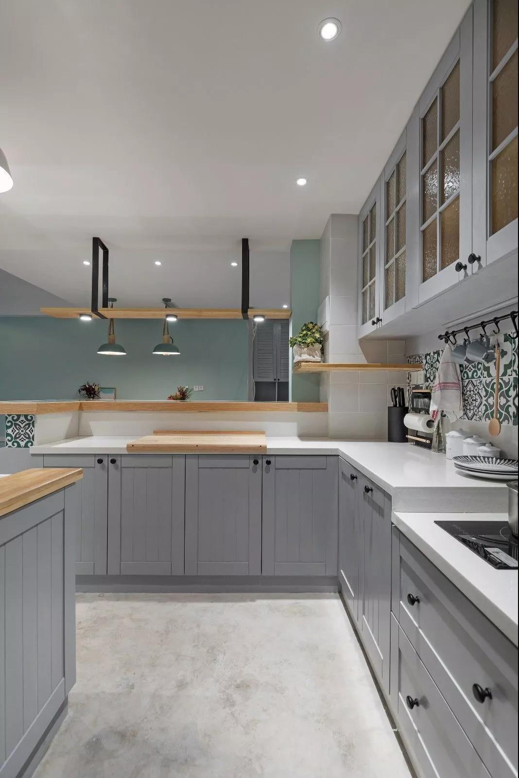 2021简约厨房装修图 2021简约吧台装修设计图片