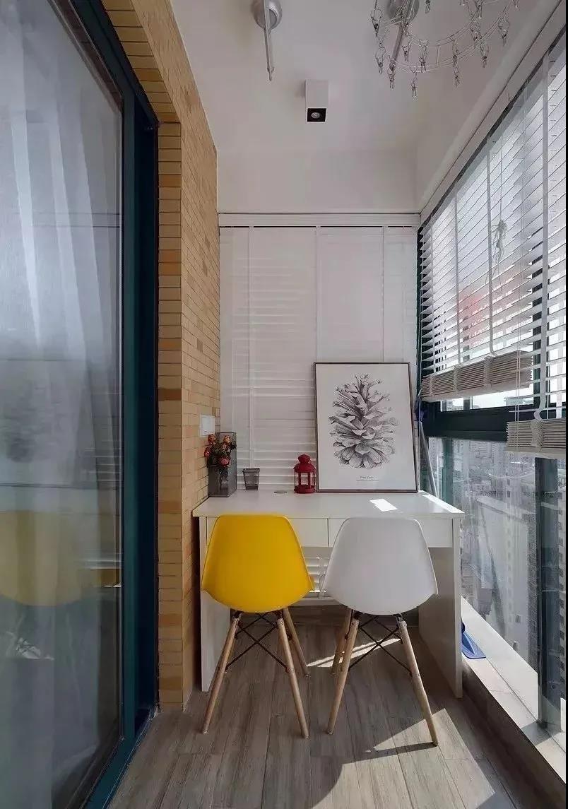 2021现代简约阳台装修效果图大全 2021现代简约书桌装饰设计