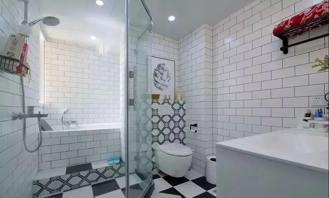 2021现代简约卫生间装修图片 2021现代简约地砖装修效果图大全