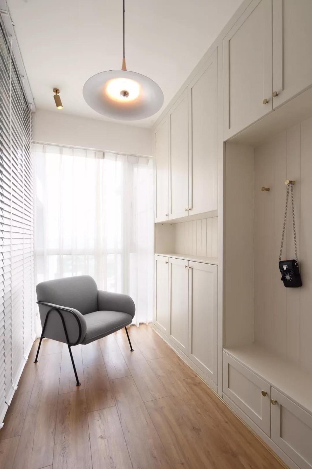 107平的簡約風二居室,好想要這種優雅的軟裝