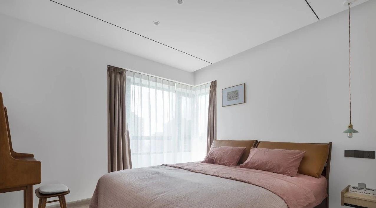 2021简约卧室装修设计图片 2021简约飘窗装修图片
