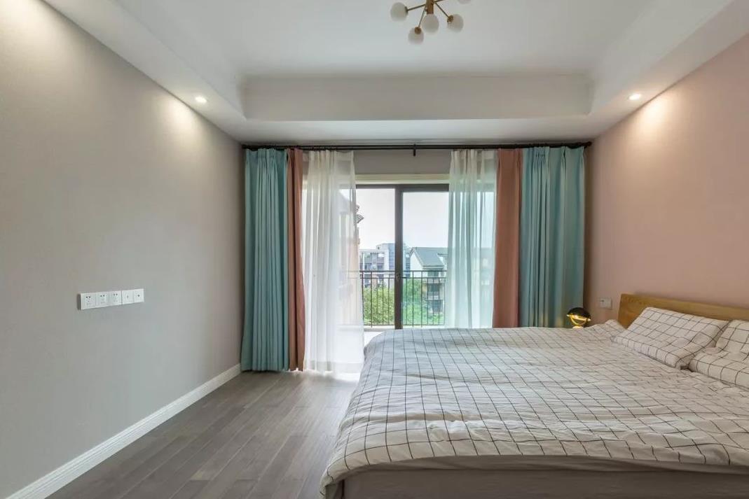 2021北欧卧室装修设计图片 2021北欧落地窗效果图
