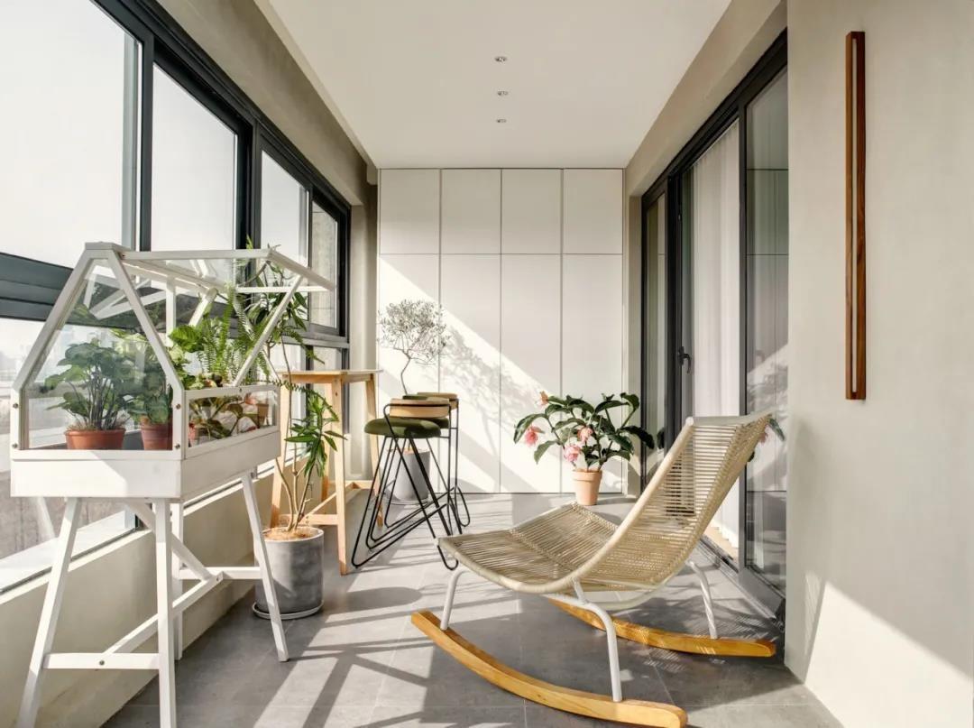 2021现代阳台装修效果图大全 2021现代窗台图片