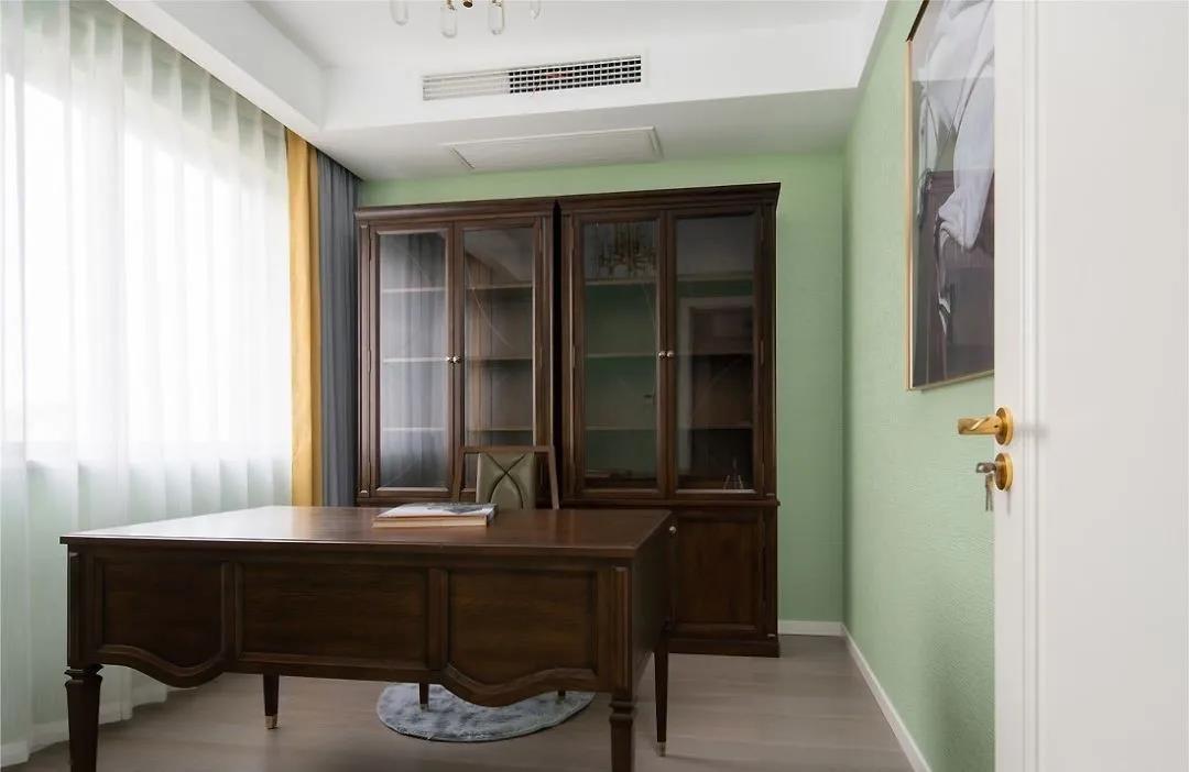 2021美式书房装修设计 2021美式背景墙装修设计