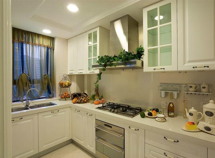 2021古典厨房装修图 2021古典橱柜装修效果图片