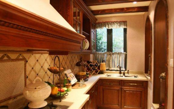 厨房黄色橱柜美式风格装潢图片