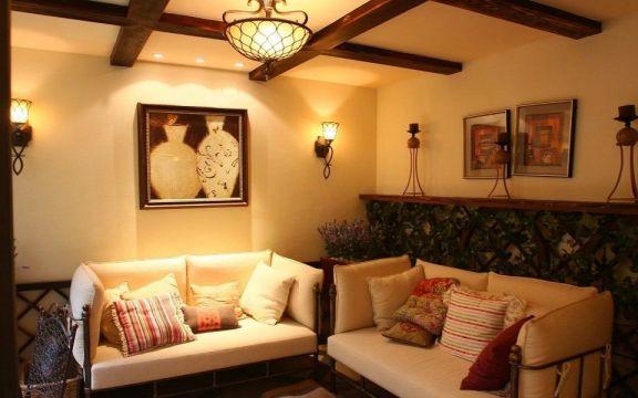 客厅黄色沙发美式风格装潢效果图