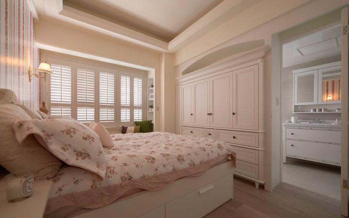 卧室白色床简约风格装修设计图片