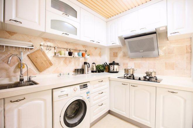 厨房白色厨房岛台简约风格装饰设计图片