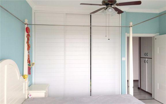 卧室蓝色背景墙现代风格装潢设计图片
