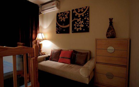 卧室沙发东南亚风格效果图