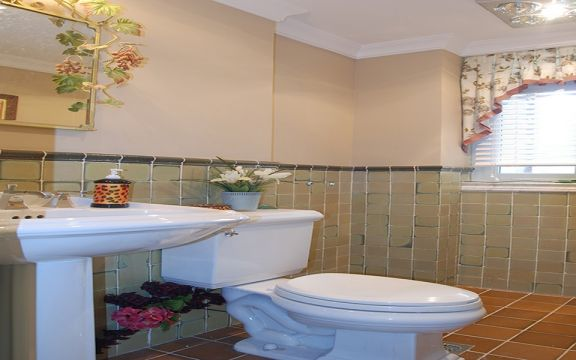 卫生间洗漱台欧式田园风格装饰图片