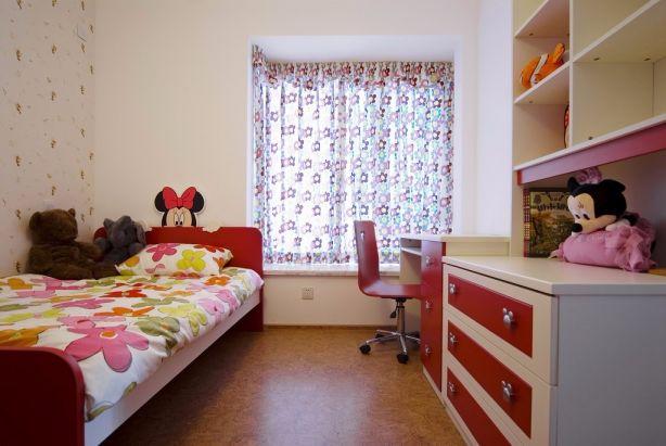 儿童房红色细节现代简约风格装修效果图