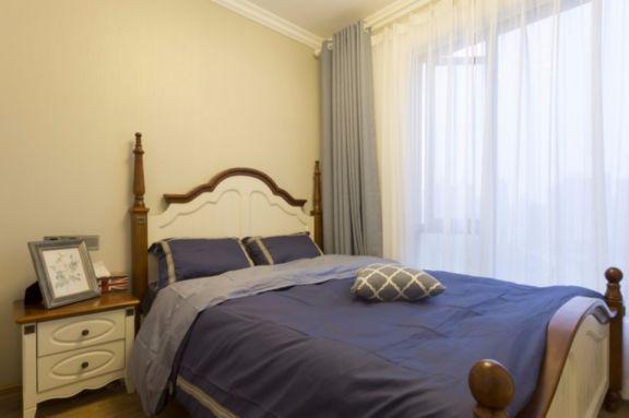 卧室白色床头柜美式风格装潢图片