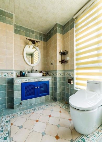 卫生间洗漱台地中海装潢实景图